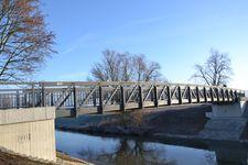 Radwegbrücke über die Nidda